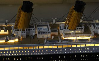 Revell Titanic 100th aniversary – backlighting gallery